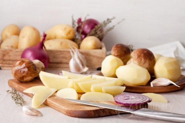 Что делать, чтобы картофель не потемнел и можно ли есть почерневший картофель?